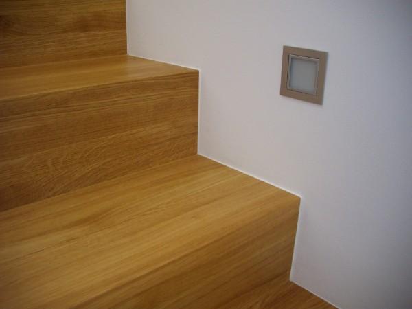 stufen massiv. Black Bedroom Furniture Sets. Home Design Ideas