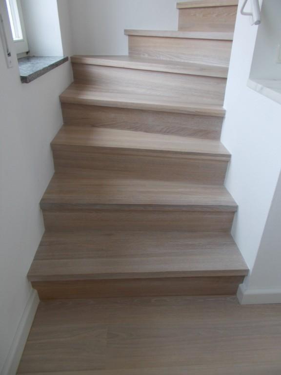 Treppe Mit Setzstufen stufen massiv
